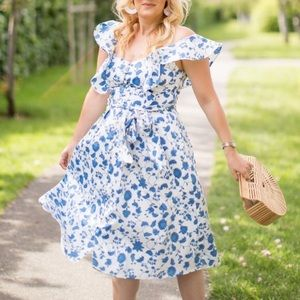 Gal Meets Glam Olivia Floral Dress NWT